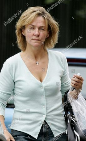 Stock Picture of A STRAINED LOOKING AMANDA BURTON (NO LONGER WEARING HER WEDDING RING) AFTER HER REPORTED SPLIT FROM HUSBAND SVEN ARNSTEIN