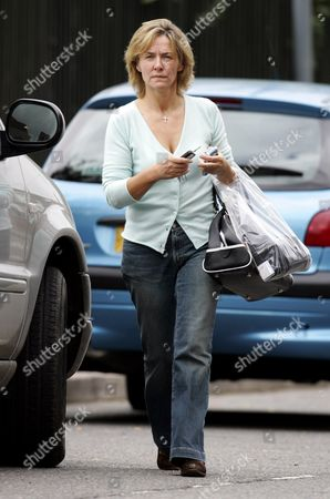 Stock Photo of A STRAINED LOOKING AMANDA BURTON (NO LONGER WEARING HER WEDDING RING) AFTER HER REPORTED SPLIT FROM HUSBAND SVEN ARNSTEIN