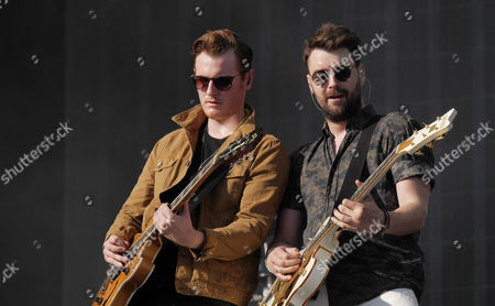 The Courteeners - Daniel Conan Moores and Liam Fray