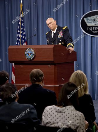 Army Chief of Staff Gen. General Ray Odierno briefs reporters and takes questions at the Pentagon