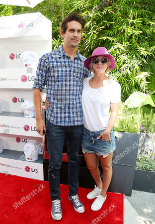 Stock Photo of Ryan Sweeting, Kaley Cuoco