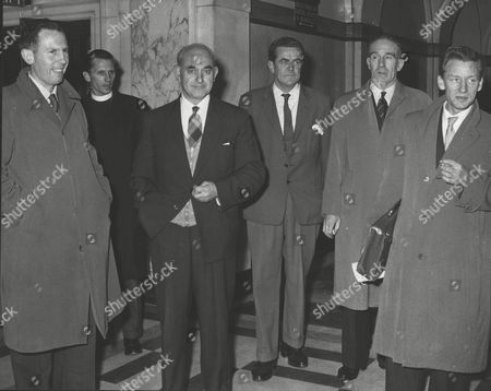 Editorial picture of Eviction Case At St. Pancras. St. Pancras Flats Committee Meet The Council Representatives At St. Pancras Town Hall. L-r: Peter Richards Rev. Kyle R. Collins Robert Burgess Ald. C. Taylor And Don Cook. Box 0625 24072015 00225a.jpg.