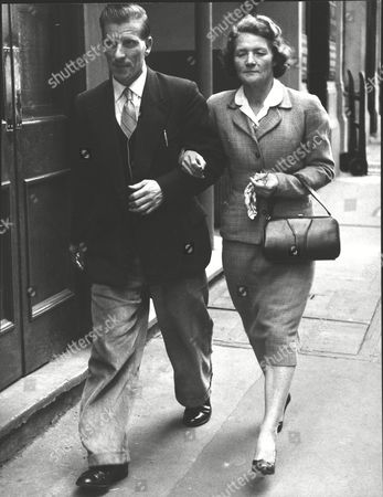 Harry Leonard Baker With His Wife After Being Found Not Guilty Of Manslaughter. He Stabbed To Death A Man Who He Thought Was Assaulting His Wife. Box 0626 24072015 00478a.jpg.