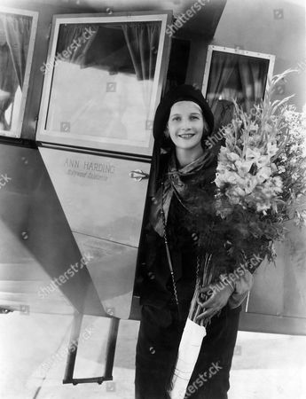 Ann Harding, Arriving in Los Angeles via Private Airplane, 1931