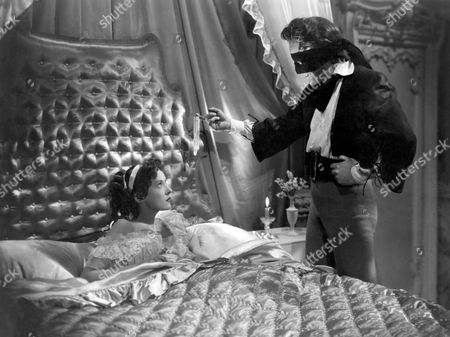 Binnie Barnes, Louis Hayward, on-set of the Film 'The Pirates of Capri' (aka I Pirati di Capri), 1949