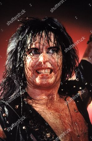 BLACKIE LAWLESS OF W.A.S.P PERFORMING - 1986