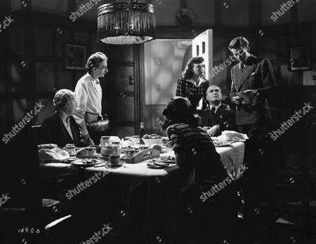 Petula Clark, Marjorie Fielding, Jack Warner and Jack Watling