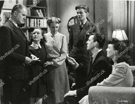 Jack Warner, Petula Clark, Marjorie Fielding, Jack Watling, David Tomlinson and Yvonne Owen
