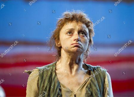 Jodie McNee as Liz Morden