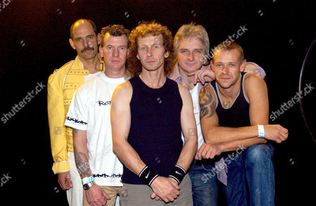 'Flash Harry' Queen Tribute Band L-R: Harry Hamilton, John Cleland, Stevie Shanks, Ian Wilson and Steve Prosser
