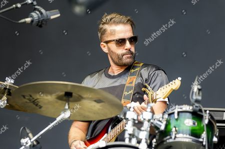 Stock Picture of The Ting Tings - Katie White