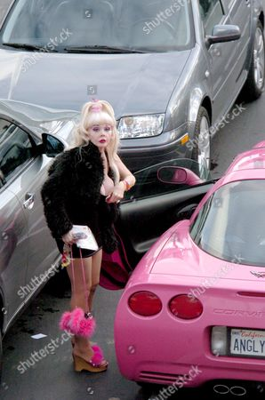 Angelyne with her famous pink Corvette