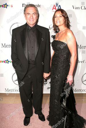 Neil Diamond and Rachel Farley