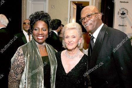 LaTanya Richardson, Barbara Davis and Samuel L. Jackson