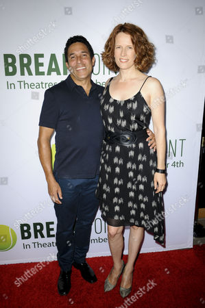 Oscar Nunez and wife Ursula Whittaker