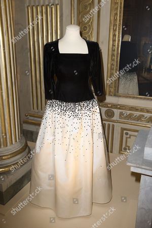 Clothes worn by Princess Lilian