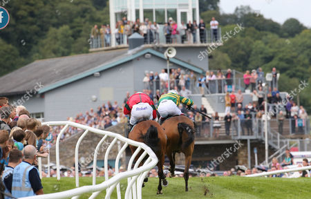 HIGHPOWER and Richard Johnson (green/yellow) with Sharp Rise and James Reveley to win at Cartmel