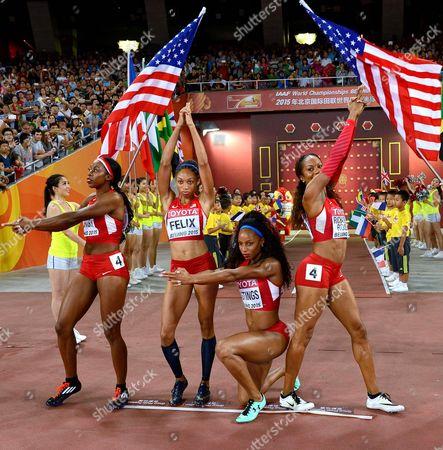 America's 400m relay team, Francena Mccorory, Allyson Felix, Natasha Hastings, Sanya Richards-Ross