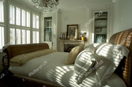 East London Home of Suzanne Mizzi - master bedroom