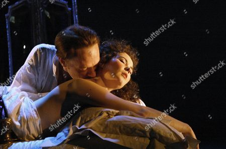 Stock Picture of Jared Harris and Jayne Ashbourne, Les Liaisons Dangereuses Playhouse Theatre, Britain.