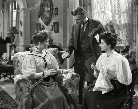 Barbara Mullen, James Mason and Margaret Lockwood