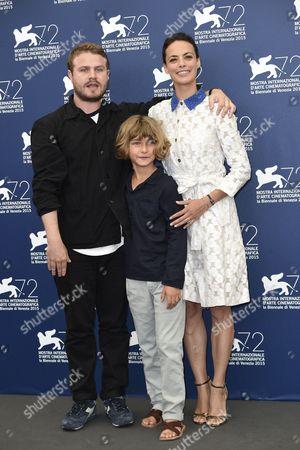Berenice Bejo, Tom Sweet