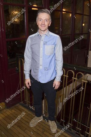 Jonathan McGuinness (Cast)