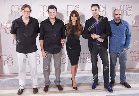 Alvaro Longoria, Director Julio Medem, Penelope Cruz, Asier Etxeandia and Luis Tosar