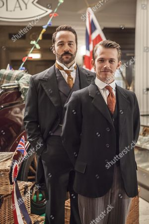 Jeremy Piven as Harry Selfridge and Greg Austin as Gordon Selfridge.