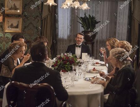 Greg Austin as Gordon Selfridge.