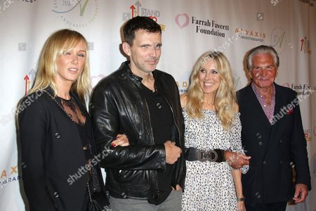 George Hamilton and Alana Stewart with Kimberly Stewart and Ashley Hamilton