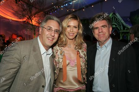 Nickelodeon's Albie Hecht , Viacom's Tom Freston and wife Kathy