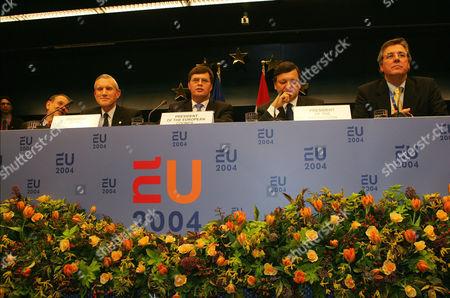 Jan Peter Balkenende (c) and Jose Manuel Barroso