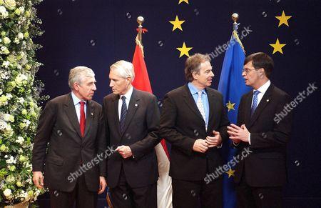 Jack Straw , Bernard Bot , Tony Blair and Jan Peter Balkenende - 16 Dec