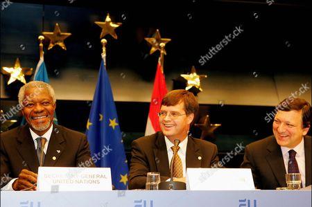 Kofi Annan UN secretary general, Jan Peter Balkenende and Jose Manuel Barroso