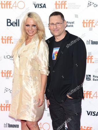 Pamela Anderson, Avi Lewis