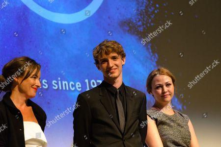 Pascale Bussières, Aliocha Schneider, Stéphanie Labbé