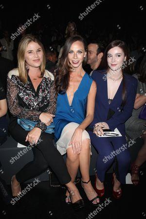 Jenna Bush, Barbara Bush and Nell Diamond front row