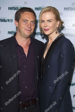 Stephen Campbell Moore (Maurice Wilkins) and Nicole Kidman (Rosalind Franklin)