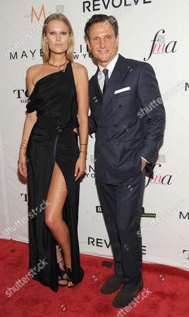 Stock Picture of Toni Garnn and Tony Goldwyn