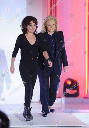 Isabelle Mergault and Sylvie Vartan