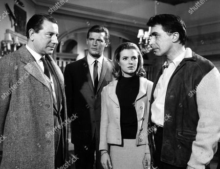 EWAN ROBERTS, ROGER MOORE, SUZAN FARMER AND LAURENCE PAYNE IN 'THE SAINT, THE CONVENIENT MONSTER' - 1966