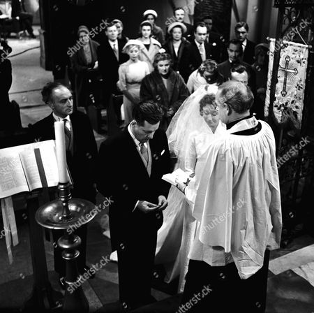 THE WEDDING - CHARLES TINGWELL AND JANE DOWNS IN 'EMERGENCY WARD 10' - 1960