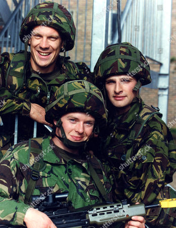 L-R SHAUN DINGWALL, DANNY CUNNINGHAM AND DAVID GROVES IN 'SOLDIER SOLDIER' - 1995