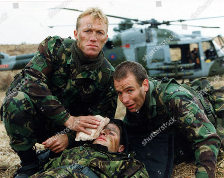 Stock Photo of JEROME FLYNN, DAVID GROVES AND ROBSON GREEN IN 'SOLDIER SOLDIER' - 1995