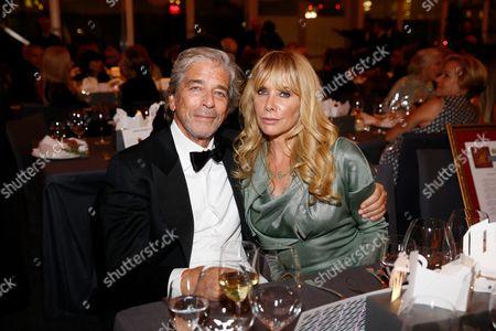 Todd Morgan and Rosanna Arquette