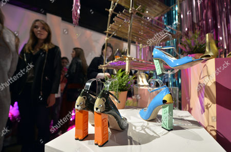General view of shoes and guests