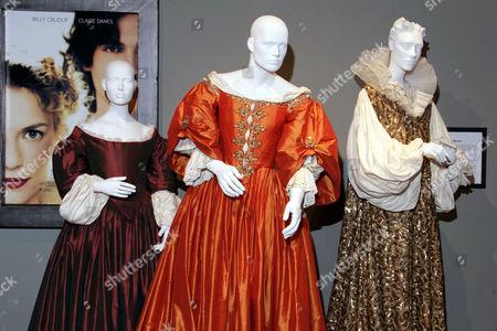 'Stage Beauty' - Costume Designer Tim Hatley