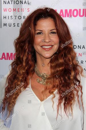 Stock Picture of Perla Ferrar