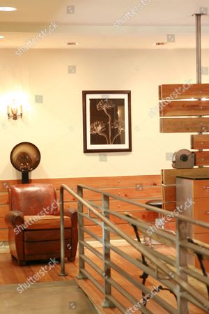 Chris McMillan Salon interior